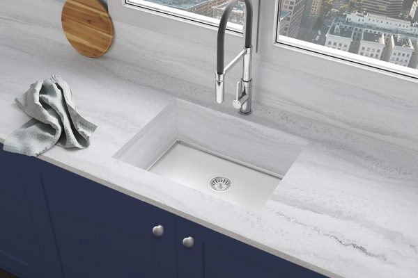 Vena Cloud and stainless sink